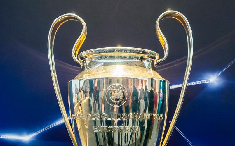 Se trata uno de los trofeos de fútbol más icónicos