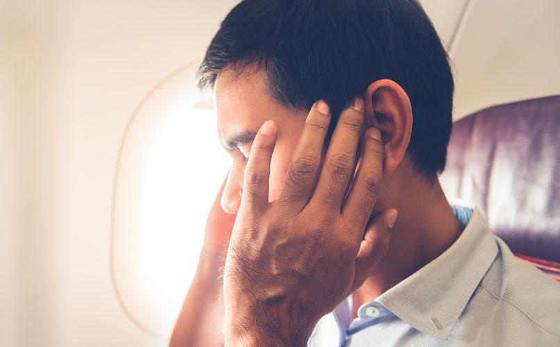 La sensación de los oídos tapados suele ser una molestia a la hora de viajar